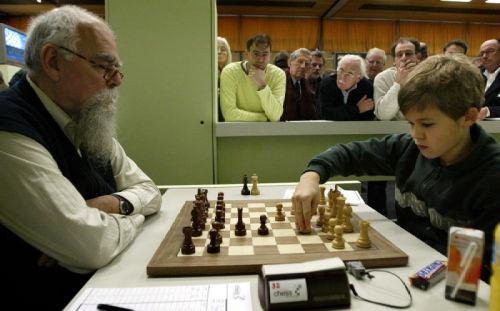 Etmans-Carlsen 2004